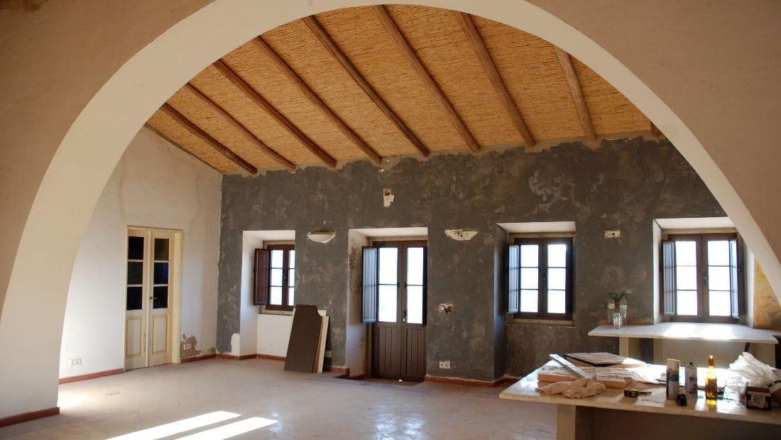 Interior restoration of Wild View retreat, Corgas Bravas, Faro, Portugal